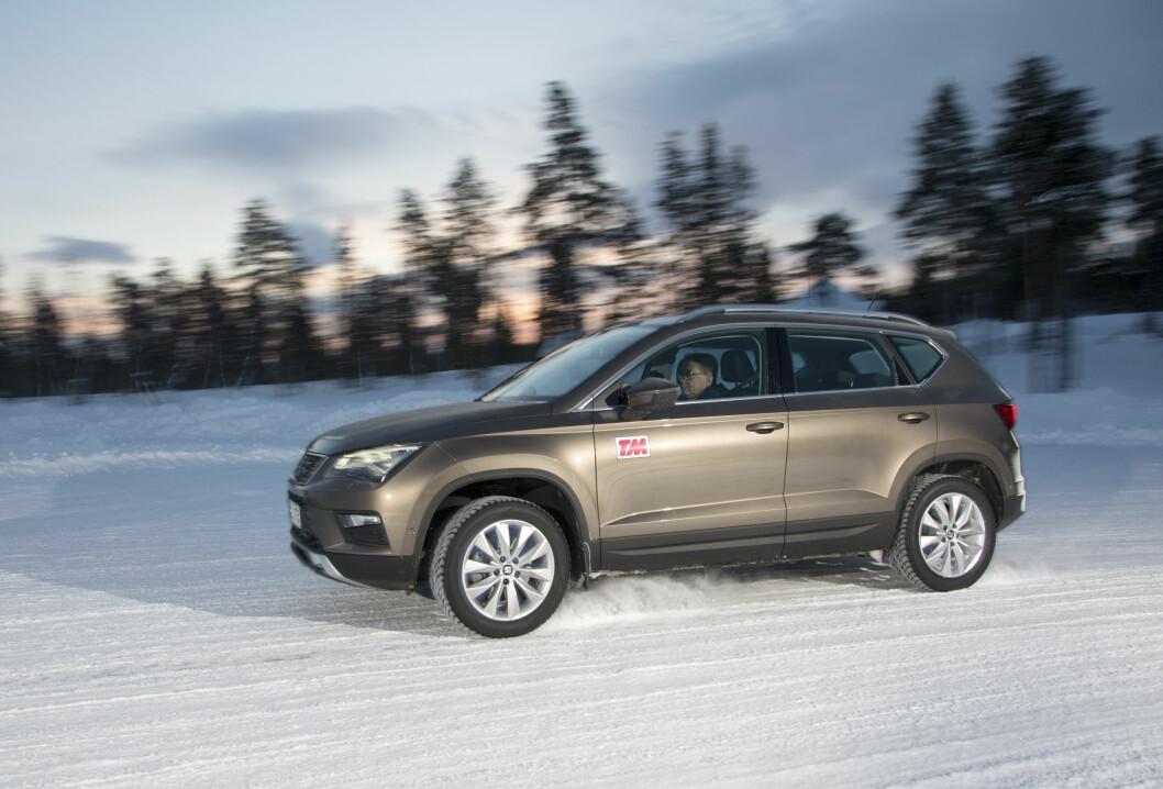SPENNENDE BIL: Ateca er en av de nye modellene til Seat, og i år var den med i Motors store vinterbiltest. Foto: Rune Korsvoll