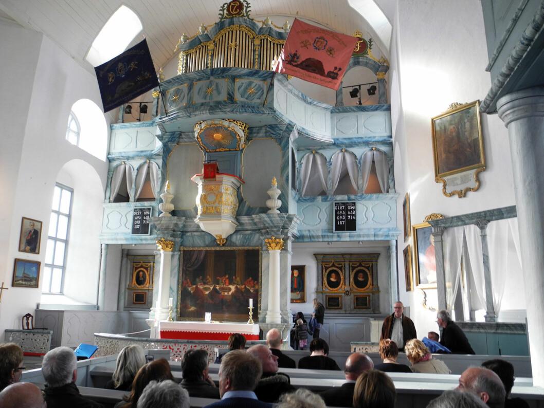 STORSTUE: Røros kirke ble bygd i kobberverkets glanstid. Foto: Per Roger Lauritzen