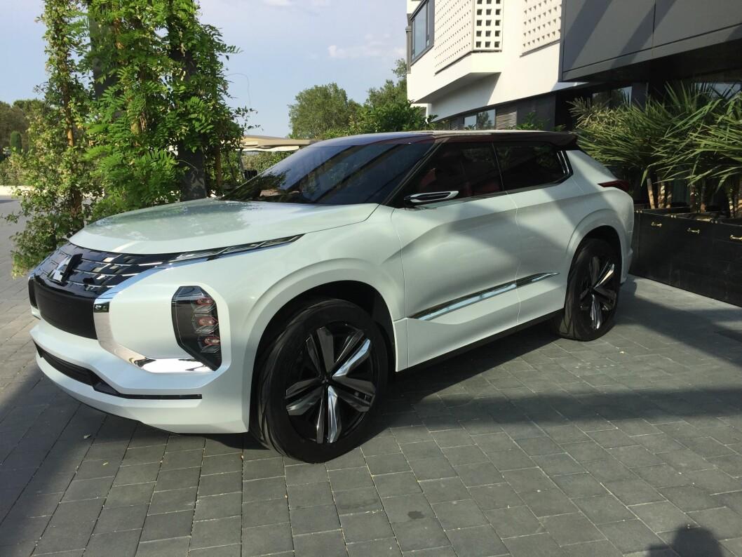 NY OUTLANDER: Dette er konseptmodellen til nye Mitsubishi Outlander, som trolig er på veien allerede neste år. Foto: Rune Korsvoll
