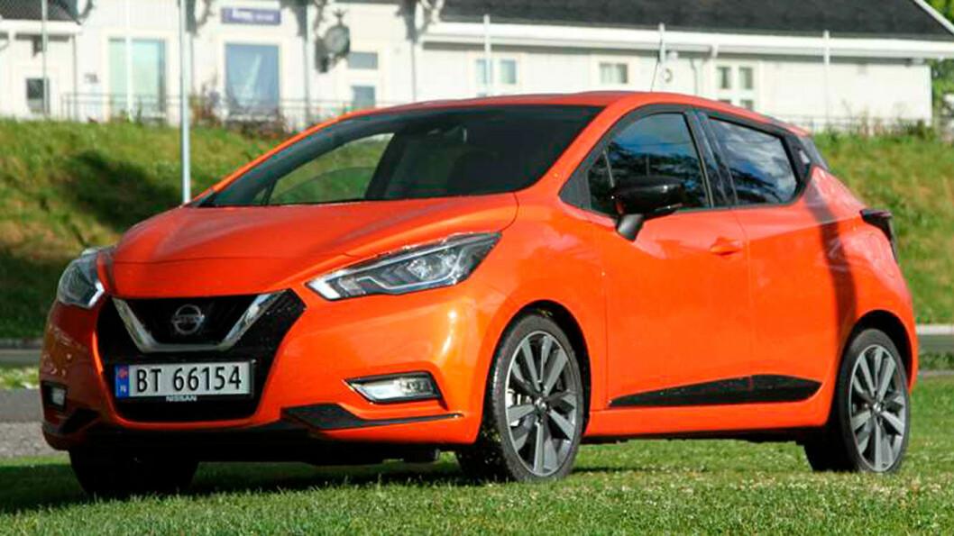 SMÅTT OG GODT: Nye Nissan Micra blir en tøff konkurrent i småbil-klassen med en startpris på 189.900 kroner. Produksjonen er flyttet fra India til Frankrike. Foto: Rune Korsvoll