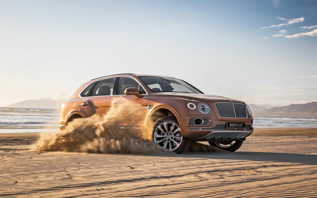 FIRE MILLIONER: På prislappen til Bentley Bentayga står det i underkant av 4 millioner kroner. Foto: Bentley