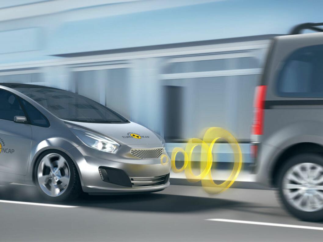 REDDER LIV: Automtaisk nødbrems er svært effektiv for å hindre at du krasjer. Foto: EuroNCAP