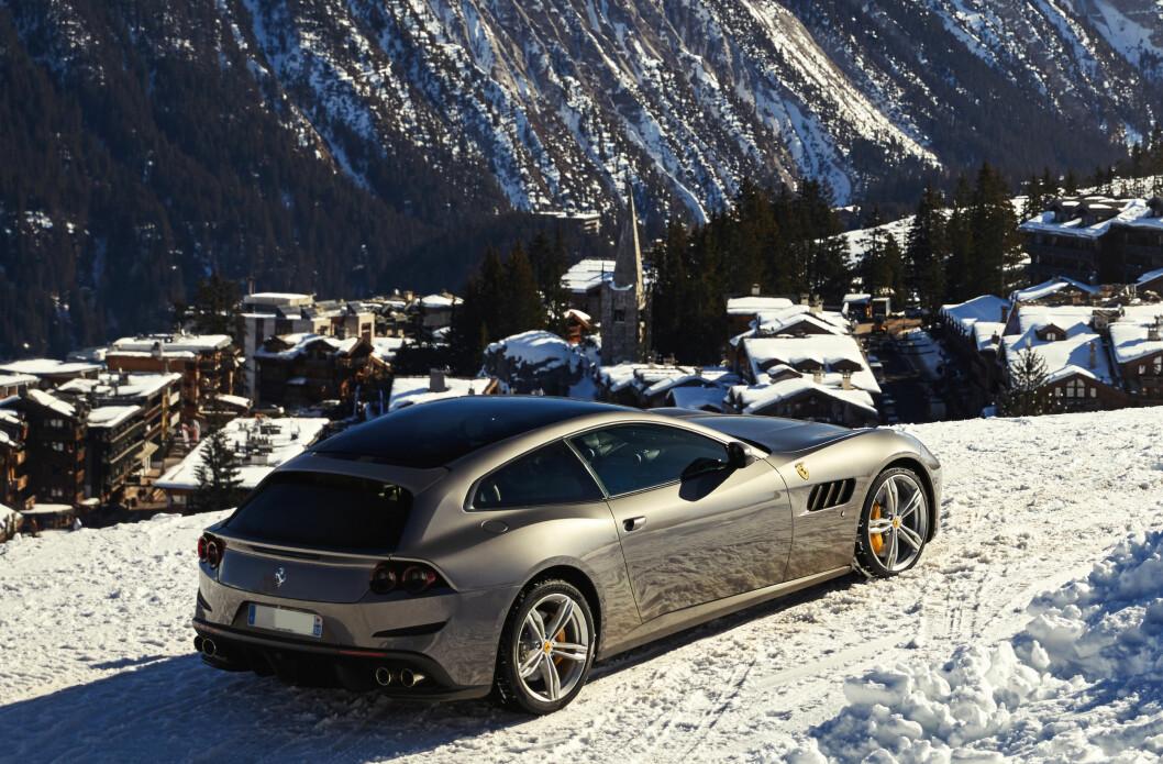 FERRARI SUV: En SUV fra Ferrari har så langt vært utenkelig. Nå bekrefter fabrikken at de vurderer saken seriøst. Kanskje en bil bygget på GTC Lusso?