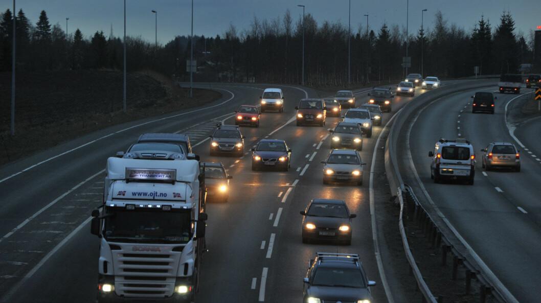 NYE KRAV: Statens vegvesen vil satse på grønnere veidrift med strenge krav til nye kontrakter.