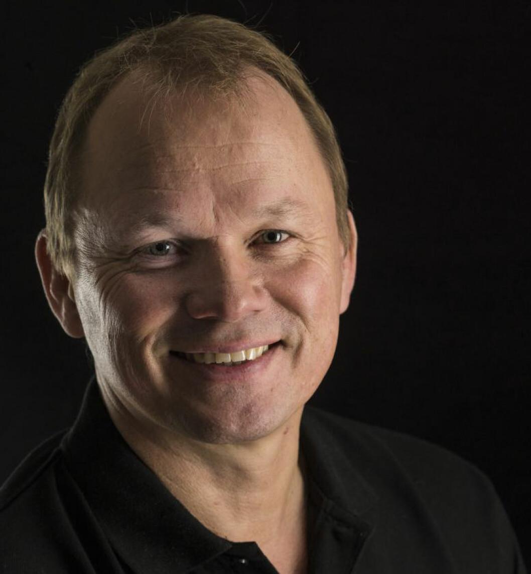 HAR DEKK: Produktsjef Torleiv Haukenes i Dekkmann A/S.