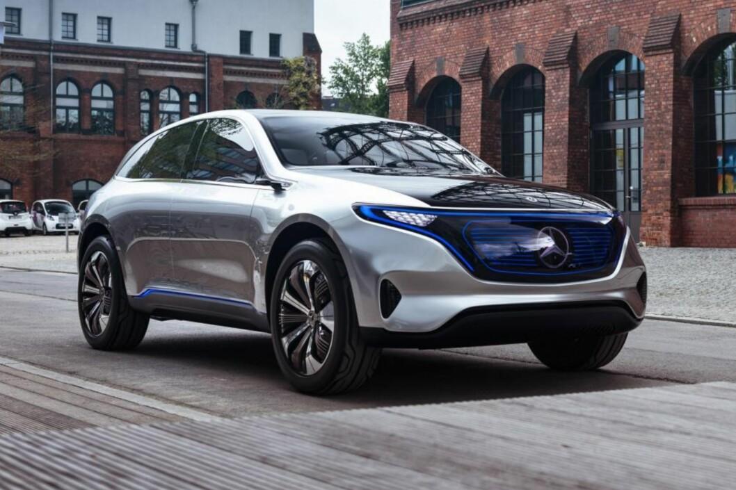 UKJENT PRIS: Betaler du 20.019 kroner kan du stille deg i køen for nye Mercedes EQC. Hva bilen vil koste når den kommer i 2019 vet vi ennå ikke. Foto: Rune Korsvoll
