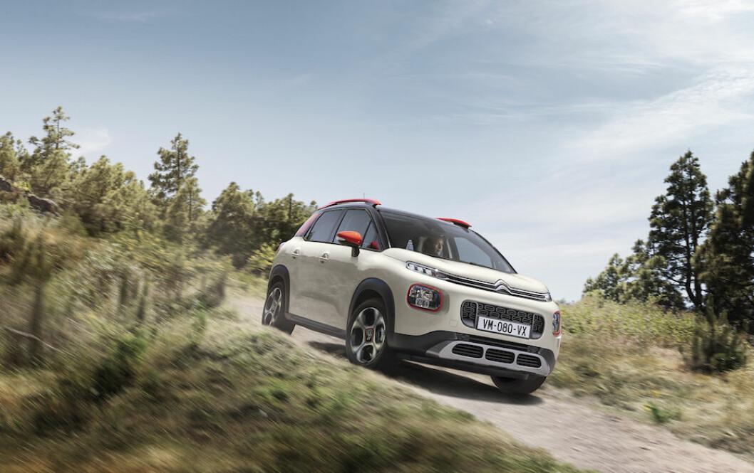 TO VERDENER: Med utseendet til en SUV og praktiske egenskaper som en flerbruksbil, er Citroën C3 Aircross det beste fra to verdener. Foto: Rune Korsvoll og Citroën