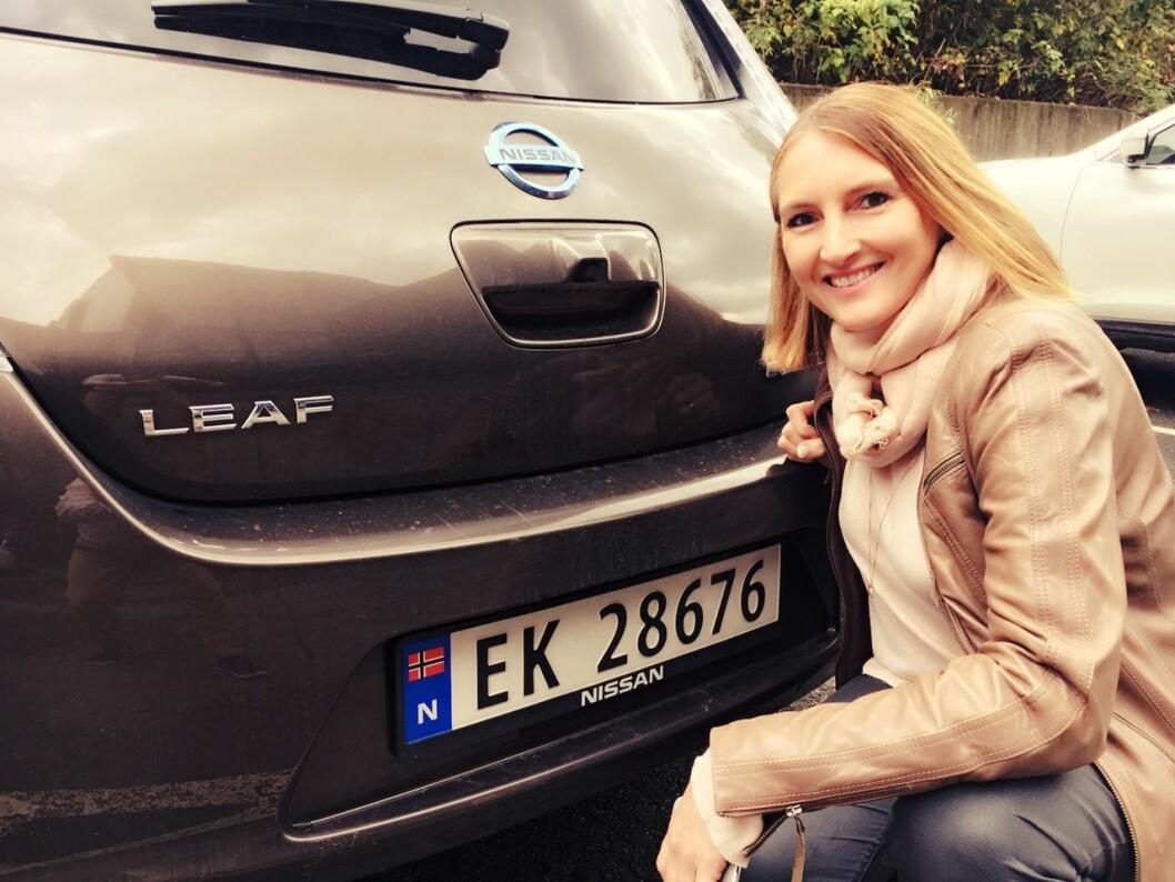 MEST POPULÆR: Den offisielle statistikken har VW e-Golf på topp som den mest populære elbilen. Tar vi med nesten nye bruktimporterte biler er det solgt enda flere Nissan Leaf, fastslår kommunikasjonssjef i Nissan Nordic, Marina Maneas Bakkum.