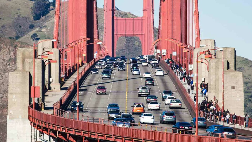 GRØNNERE PÅ GOLDEN GATE? Californias guvernør Jerry Brown vil vite hvorfor USAs største delstat ikke diskuterer fossilforbud, når arbeidet med en slik timeplan er i gang i Kina. Foto: Matt Biddulph