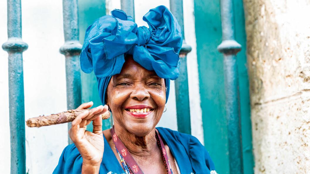 FARGERIKE CUBA: Møt menneskene, historien og naturen.