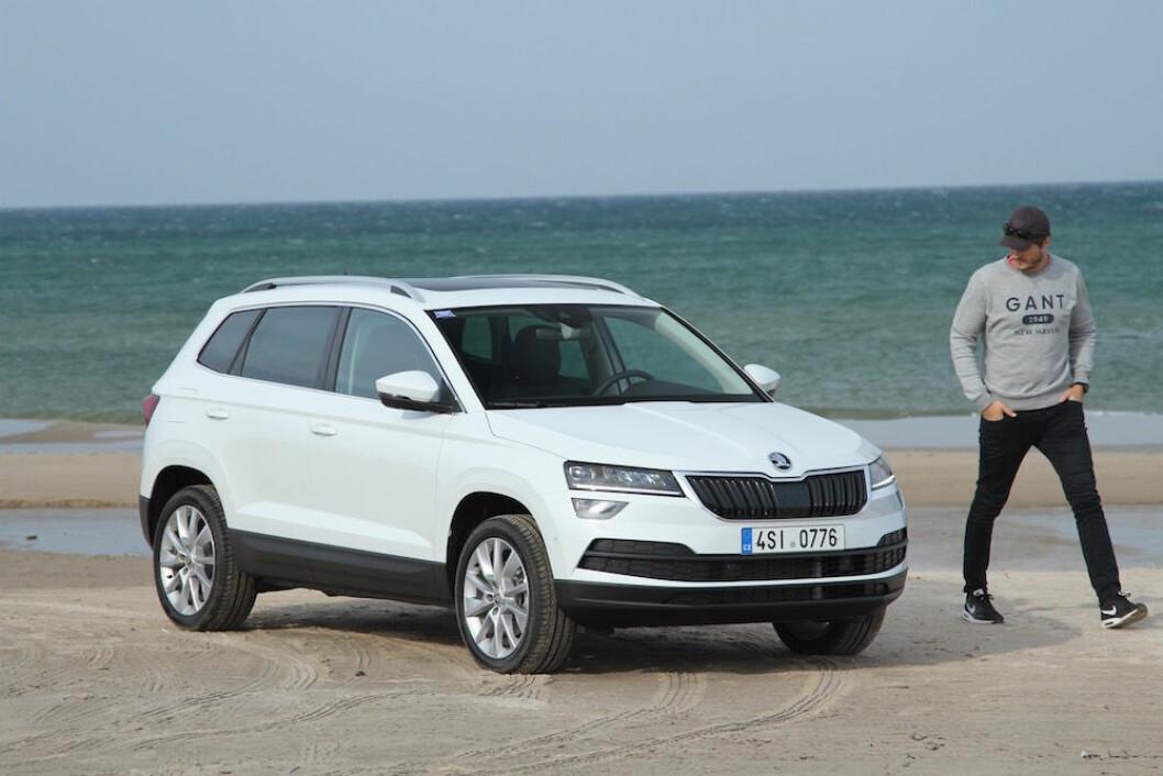 SKODAS NYE BESTSELGER: Karoq er større og mer komfortabel enn søstermodellen VW T-Rock, men utseendet er ikke like spennende. Foto: Rune Korsvoll