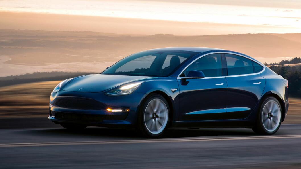 ETTERTRAKTET: Til sommeren kommer de første utgavene av Model 3, Teslas folkebil, på norske veier.