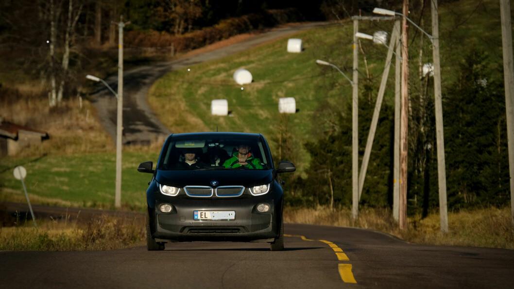 SUBSIDIERT: SSB-forskeren Mads Greaker mener det er underlig å ha et absolutt mål om at alle nye biler skal være fullelektriske i 2025. Foto: Jon Terje Hellgren Hansen