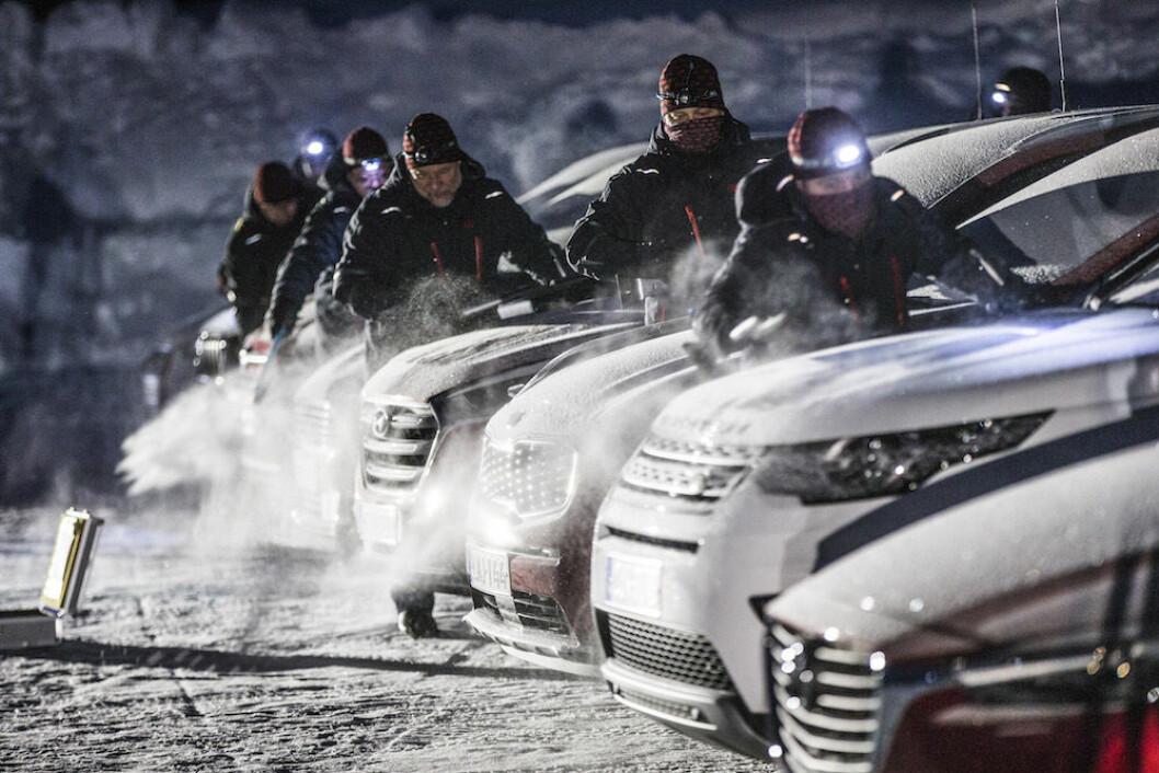 STOR FORSKJELL: Det er stor forskjell på hvor raskt de enkelte bilene gir deg komfortabel varme i kupeen når det er kaldt ute. Foto: Pekka Nieminen