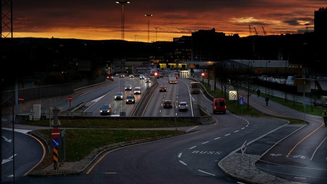 MÅLET: Innen 2030 skal det rulle 1,5 millioner rene elbiler på norske veier, i følge politikernes mål. Foto: Jon Terje Hellgren Hansen