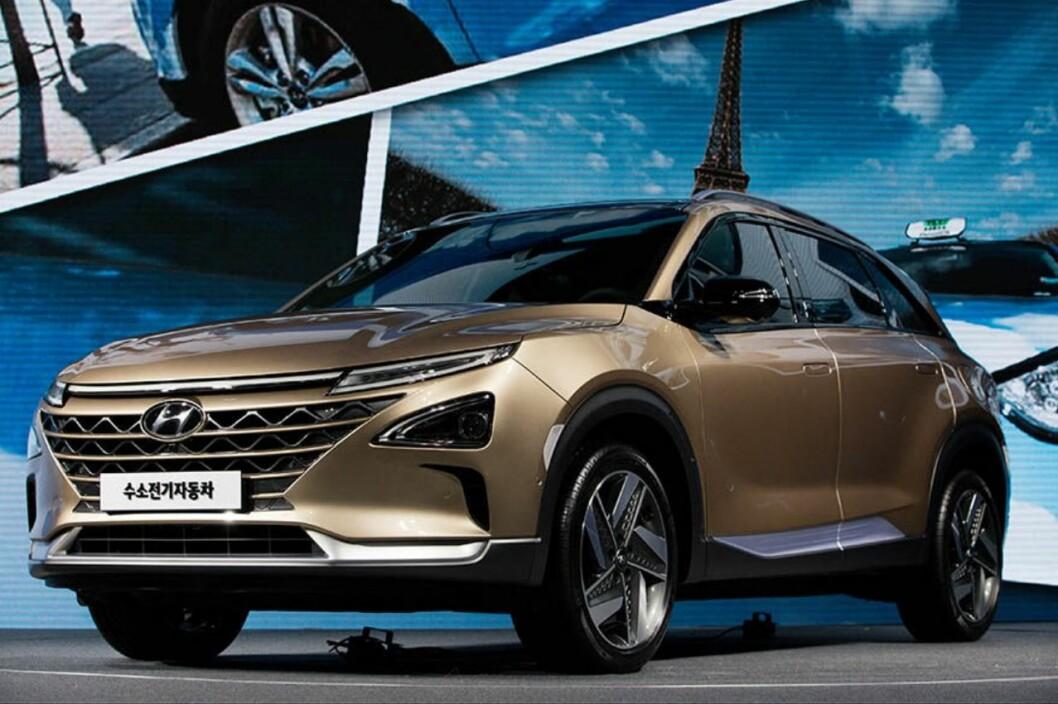 LANG REKKEVIDDE: Med en rekkevidde på 580 kilometer på en tank hydrogen, nærmer Hyundai FCEV seg kjørelengden til en bensinbil. Foto: Hyundai