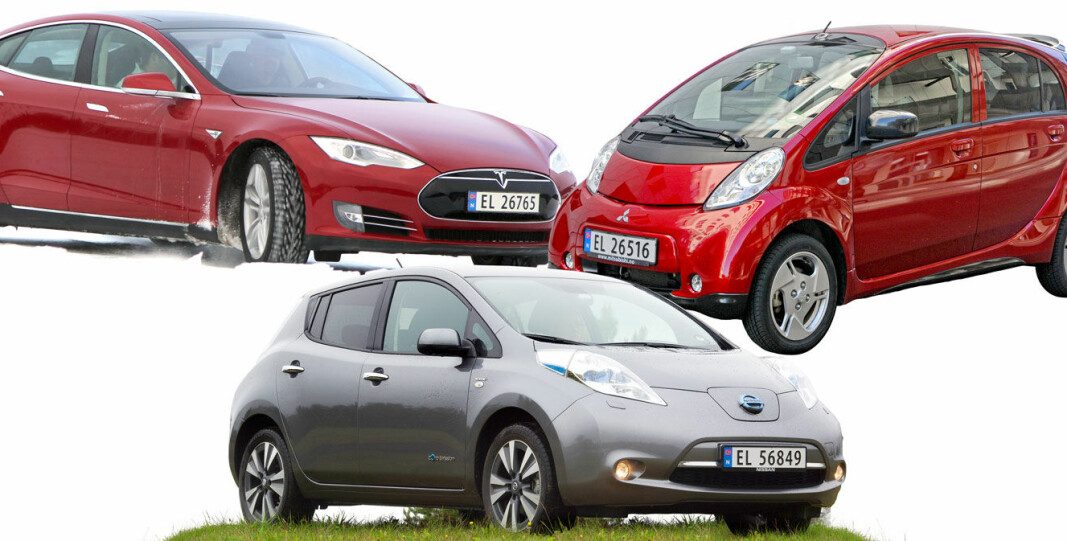 <b>PIONÉRER:</b> De kanskje tre viktigste elbilene i moderne tid: Tesla Model S, Nissan Leaf (foran) og Mitsubishi i-Miev.