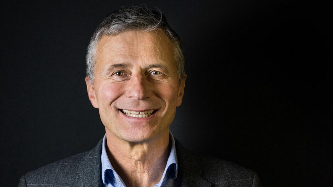ETT MEDLEMSSKAP HOLDER: Om du eier elbil, hybridbil eller fossilbil, hjelper NAF deg hvis bilen stopper, understreker Henrik Lindblad, direktør for medlemskap og tjenester i NAF.