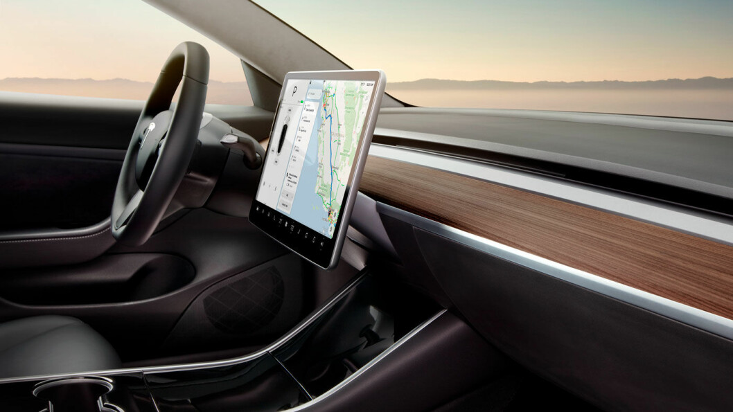 FULL FART: Snart kan denne plassen bli din, hvis Tesla bare fortsetter å øke produksjonstempoet på Model 3. Foto: Tesla