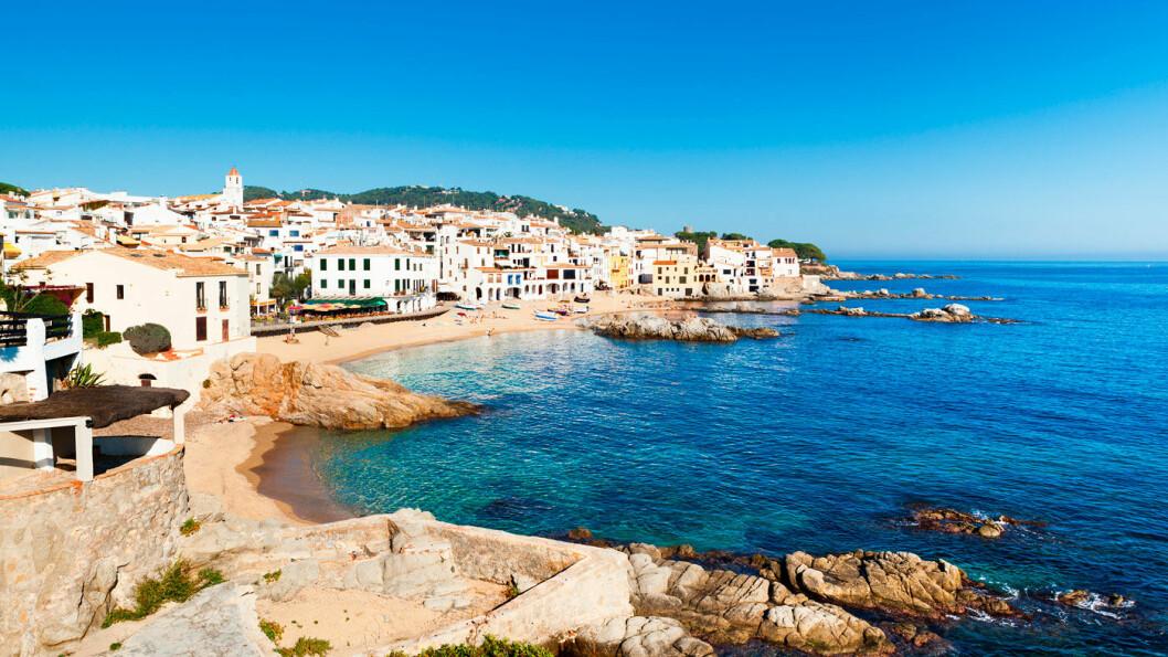 NOE AV DET FINESTE: Calella-de-Palafrugell er i likhet med Palafrugell, Tamariu og Llafranc blant de nydeligste og mest pittoreske stedene på Costa Brava. Foto: Shutterstock