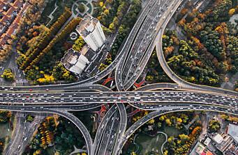 Tror på mye kraftigere elbil-vekst enn ventet