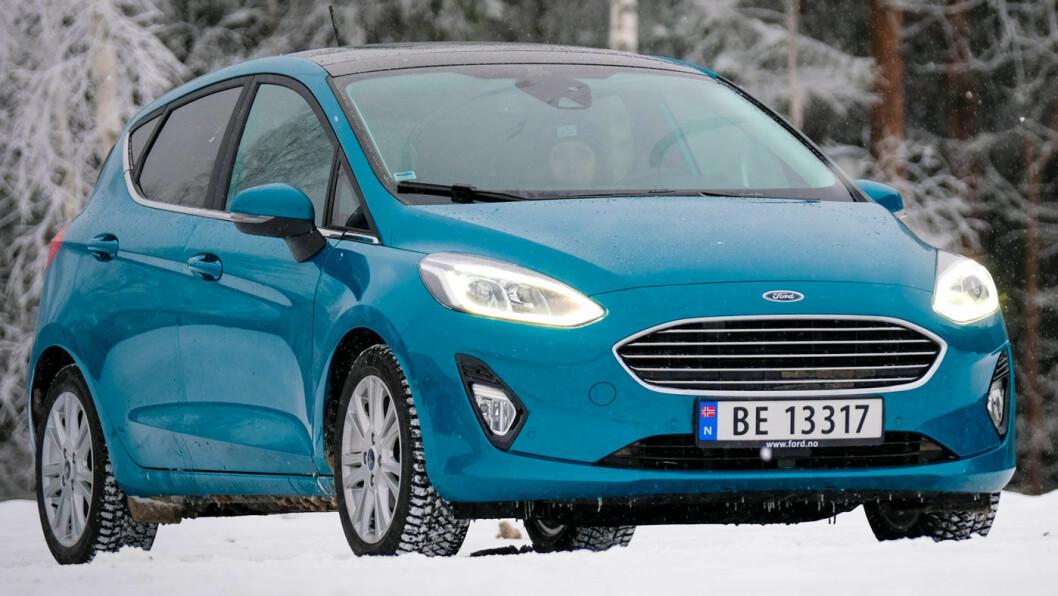 MORSOM: Nye Fiesta er blitt en morsom bil å kjøre. Den lille motoren er energisk og kjørefølelsen stabil og sporty.