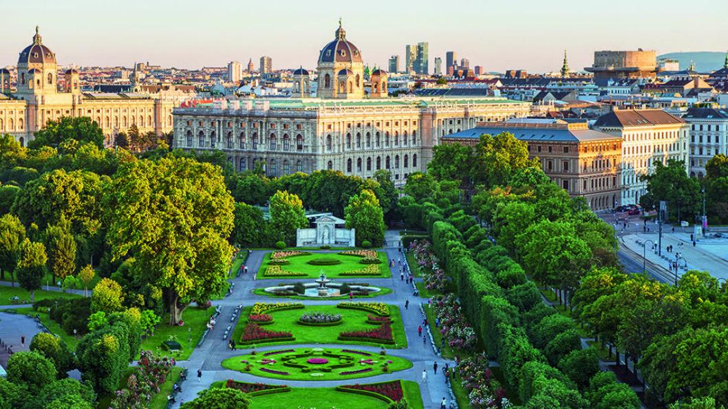 Wien er en av Europas vakreste byer, og Volksgarten er et flott parkanlegg i den indre delen av byen. Foto: Wien Tourismus