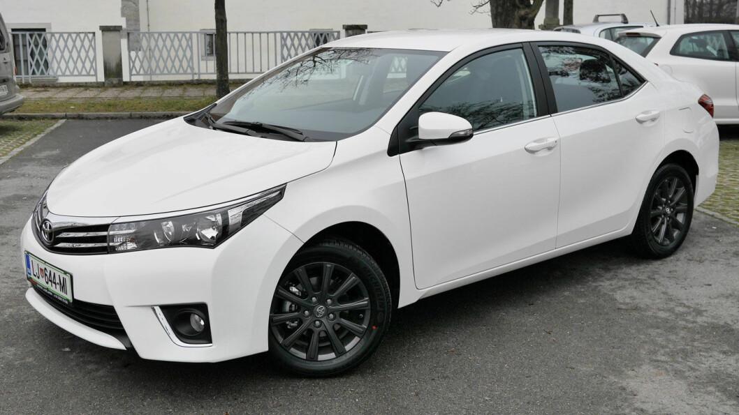 VERDENS MEST POPULÆRE: Toyota Corolla, verdens mestselgende bil i 2017, er forlengst tatt av salgslistene i Norge.