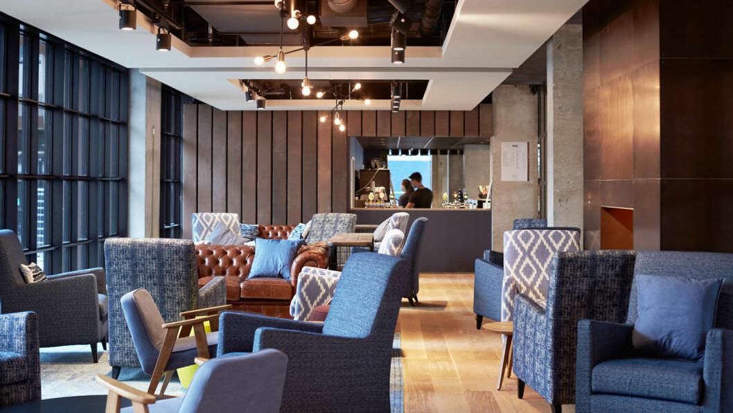 NY TREND: Små rom og store, sosiale fellesområder kjennetegner de nye budsjetthotellene. Foto: Steel House
