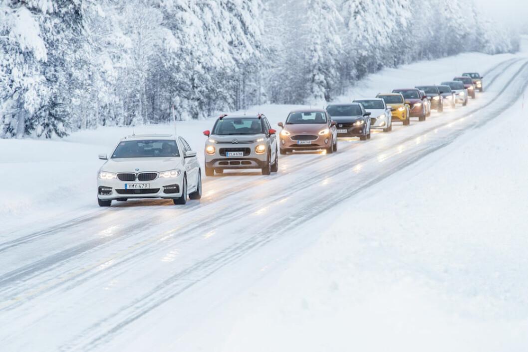 BARSK VINTER: Det er stor forskjell på hvor mye penger de forskjellige bilprodusentene bruker for å gjøre bilene best og sikrest mulig under barske vinterforhold. Og det er ikke alltid at de dyreste bilene er best.