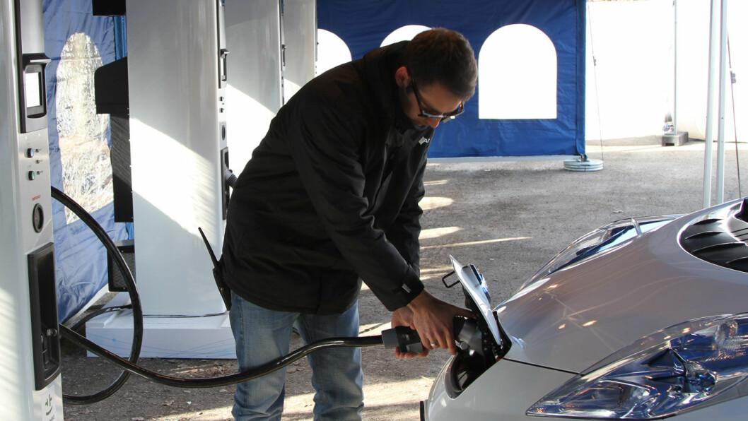 TI GODE TIPS: Med noen enkle triks kan du forlenge rekkevidden til elbilen, selv om gradestokken kryper ned mot minus 15-20 grader. Foto: Rune Korsvoll