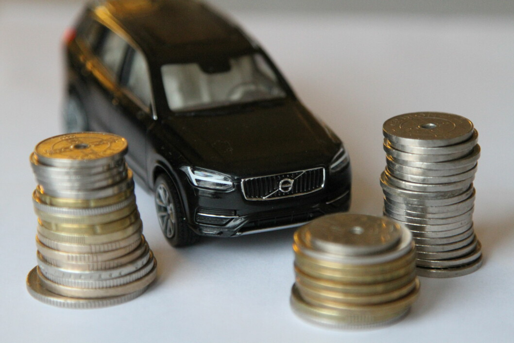 BILLIG FOR ELBIL: Mens vanlige bilister betaler mellom 3135 og 3655 kroner, slipper elbil-eiere unna med 445 kroner i årsavgift. Foto: Rune Korsvoll