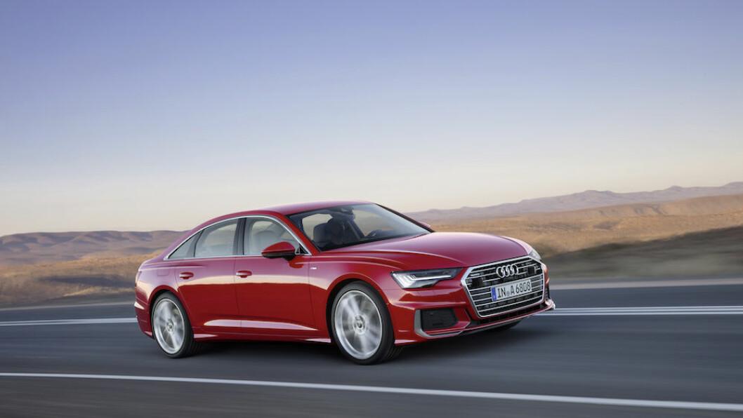 ELEGANT: Nye Audi A6 er mer kompakt og sporty, men er i virkeligheten større innvendig. Ved introduksjonen i juni har bilen bare to store motorer. Det gjør den dyr i Norge. Foto: Audi