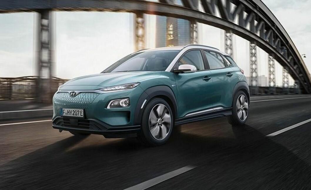 LANG REKKEVIDDE: Hyundai Kona Electric skal klare opp mot 470 kilometer, ifølge den nye, strenge testmetoden WLTP. Foto: Hyundai