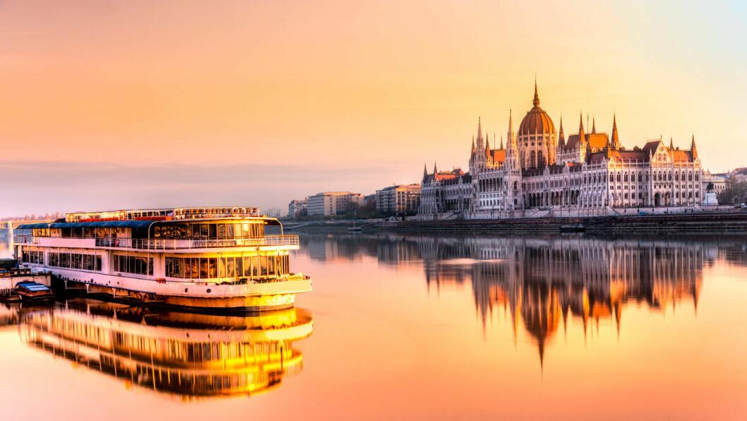 DONAUS DRONNING: Innseilingen til Budapest er verdt å få med seg, med storslått utsikt over elven og byen. Foto: Shutterstock