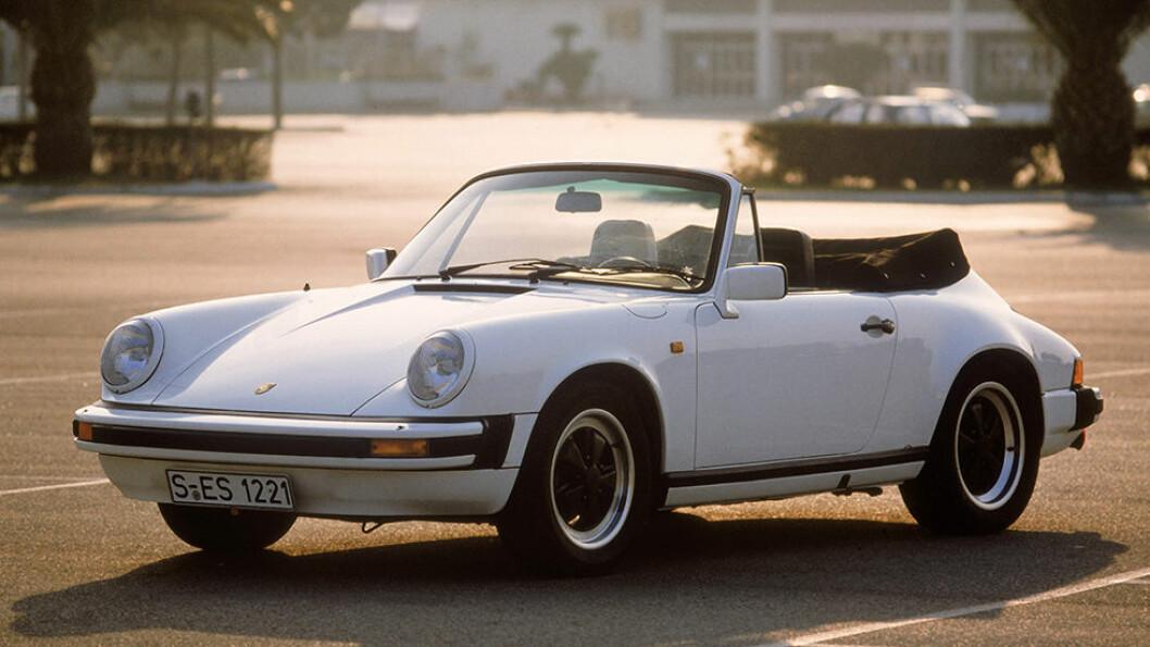 40-ÅRS KRISE: Og et akutt behov for en Porsche for å lufte det som er igjen av hår.