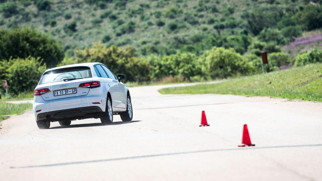INGEN OVER, INGEN PÅ SIDEN: På tørt føre er det Continental som kommer best ut i Motors sommerdekktest. Foto: Marko Mäkinen