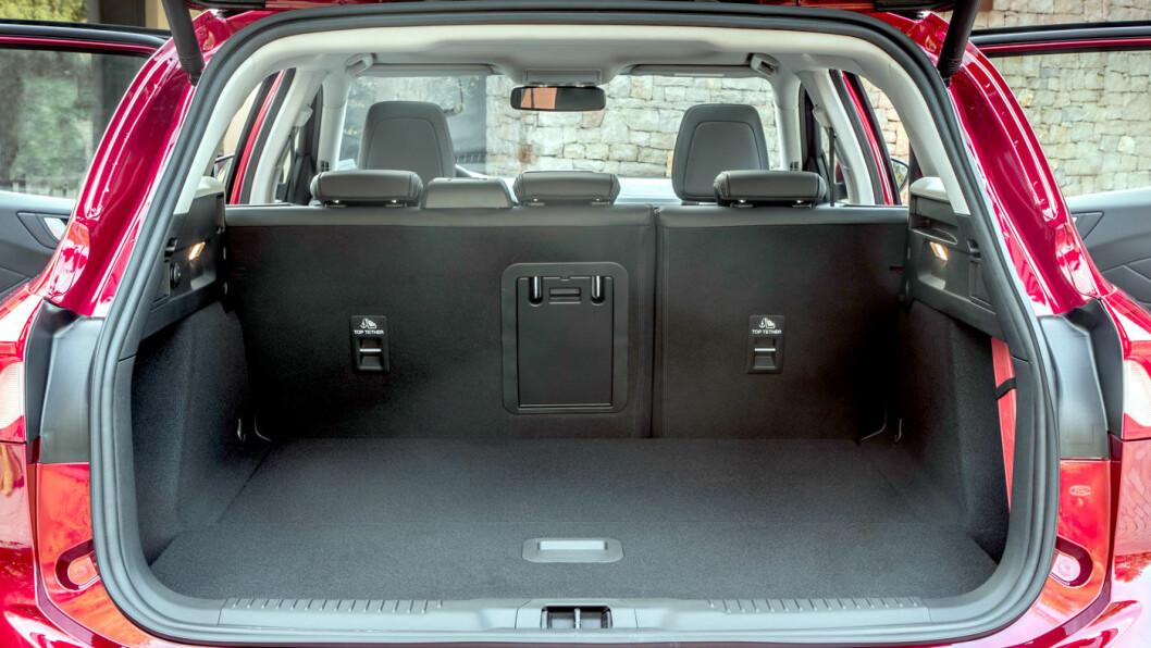 PLASSMESTER: Det nye karosseriet har gitt et bagasjerom som har vokst til å bli blant de største i klassen.