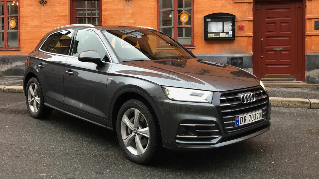 MER MODERNE: Audi Q5 har omsider kommet som ladbar hybrid. Den holder hva den lover på elektrisk rekkevidde, og har også en rekke andre gode kvaliteter. Men også høy pris. Foto: Øivind A. Monn-Iversen