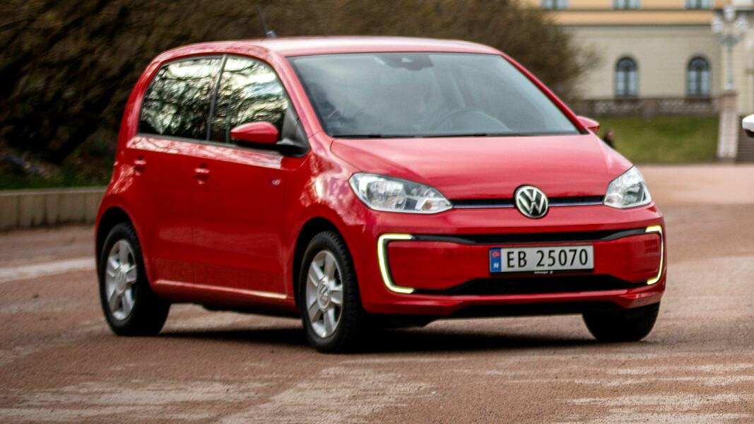 INGEN TVIL: Lille e-up! er utvilsomt en Volkswagen – merketypisk fra alle vinkler.