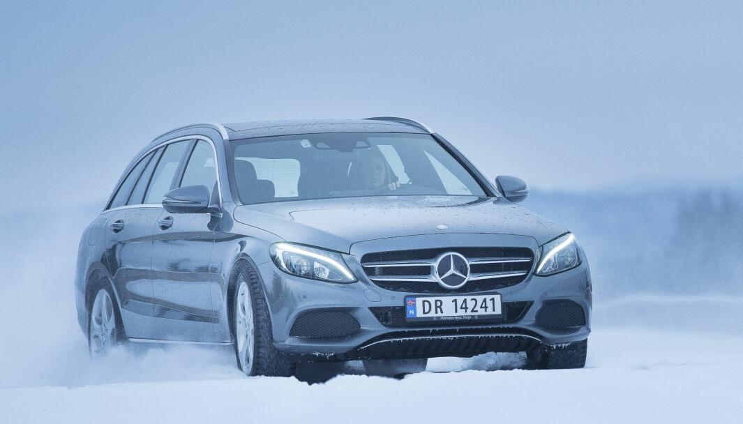 NY MODELL: Denne versjonen av Mercedes C-klasse blir nå kraftig fornyet.
