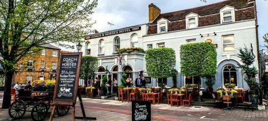 Bo på pub i London