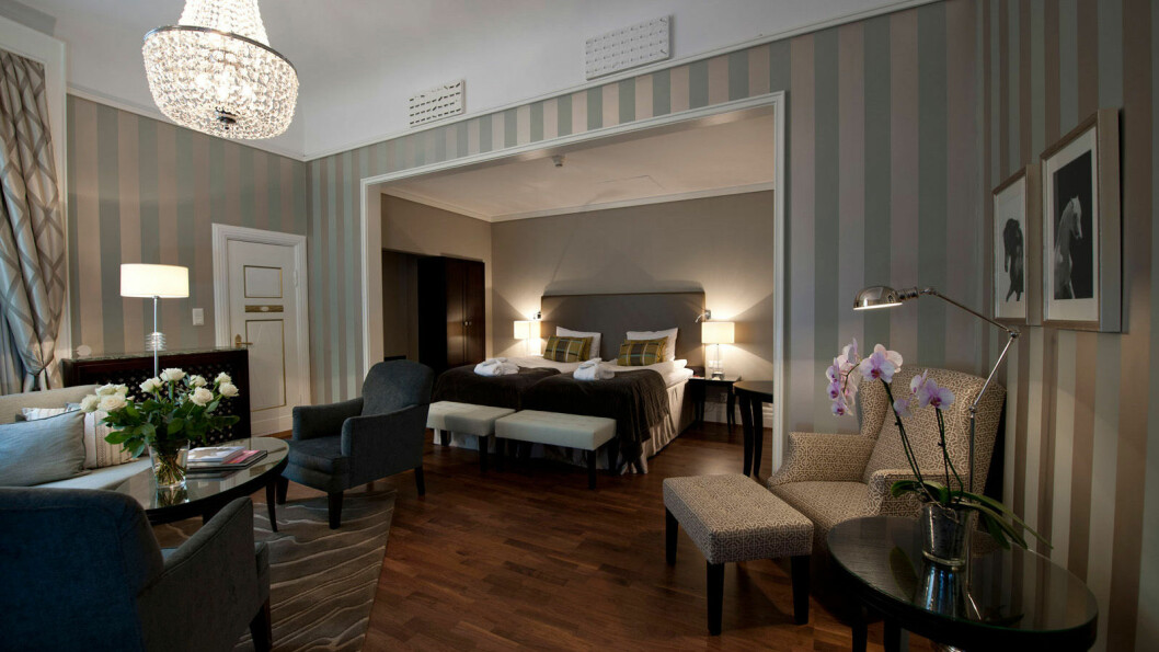 DE LUXE: Grand Hotells de luxe-rom.