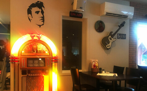 Elvis viser vei til burgerverden