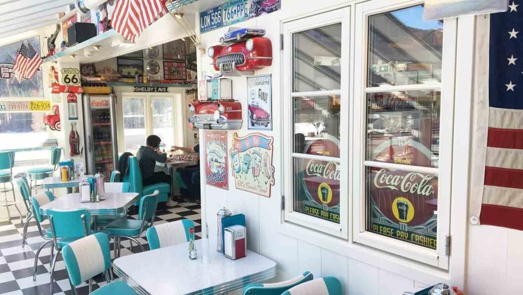 GREASED LIGHTNING: Pick-up Café er en hysterisk, amerikansk diner-opplevelse, men maten lever ikke opp til interiøret.
