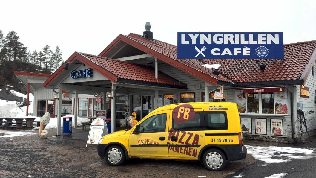 GATEKJØKKEN OG VEIKRO: På Lyngrillen får du både tradisjonsmat og tradisjonell gatekjøkkenmat.
