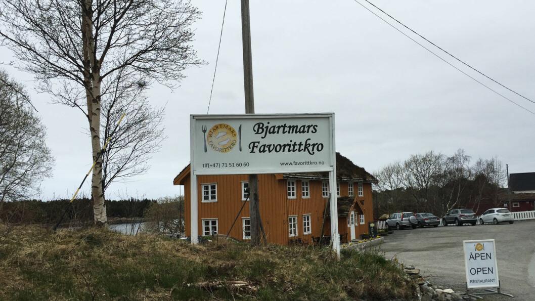 FANTASTISK BELIGGENHET: Atlanterhavsveien er Nasjonal turistvei og går forbi Bjartmars favorittkro.