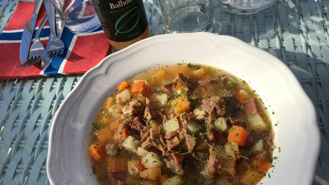 HVERDAGSMAT: Hjemmelaget betasuppe er sjelden kost på en veikro.