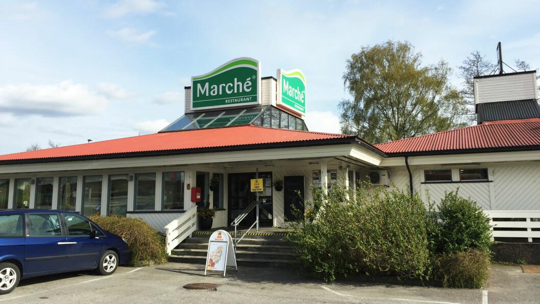 ANONYMT: Utenpå ser Marché Solli ved Sarpsborg ut som mange andre spisesteder veilangs, men innendørs er det sjeldent strøkent.