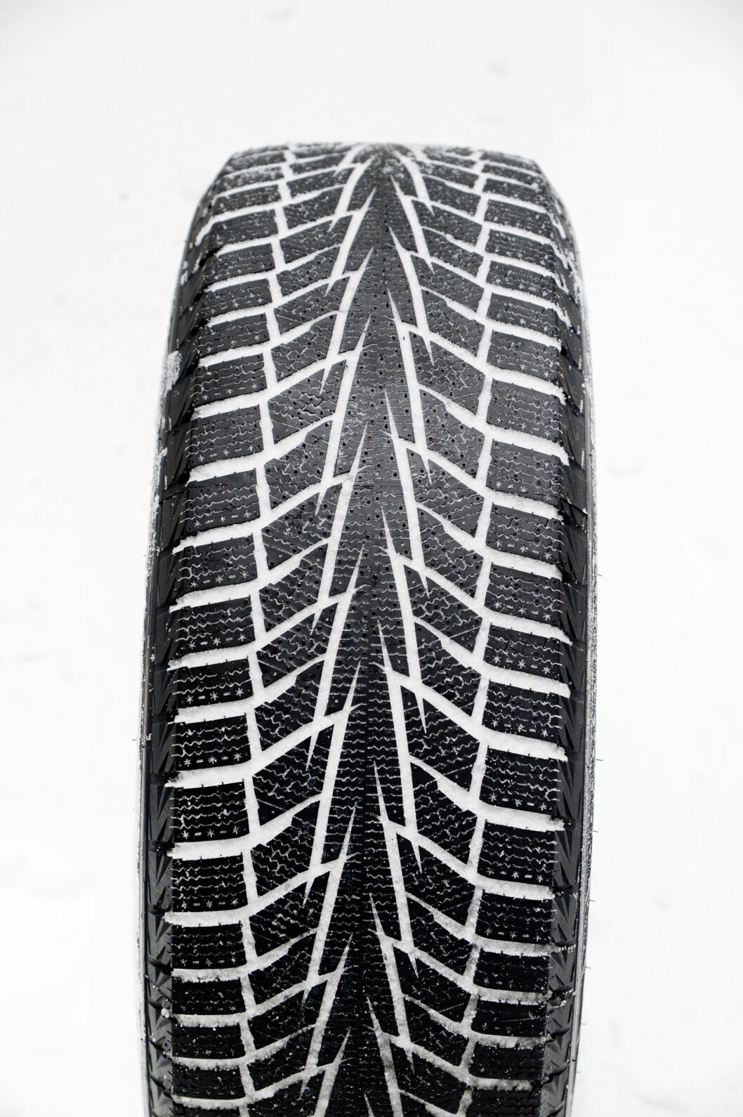 STØYSVAKT: Hankook Winter i*cept IZ2